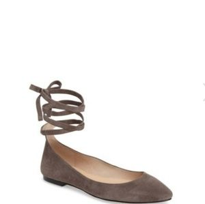 Vince Camuto Bevian Flats Size 6.5 Grey